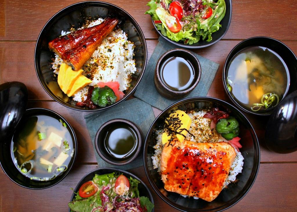 hararu-izakaya-donburi-set-lunches