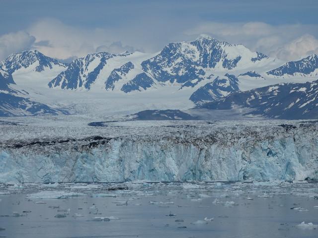 Glaciar Columbia (visto en el barco Lulu Belle desde Valdez)