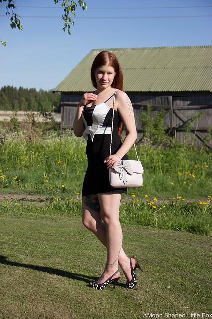 OOTD Tyyli Muoti Blogi Pohjois- Karjala Progress Mekko Guess Korkokengät Nahkaiset korkokengät nahkalaukku kotimainen finnishdesign fashion style blog finnish blogger