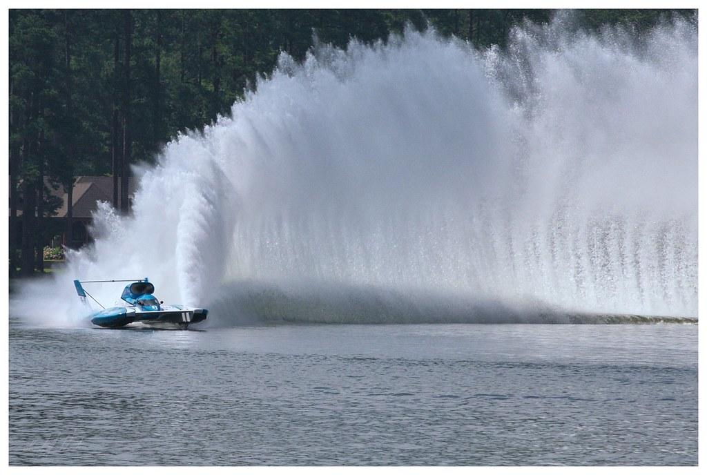 Unlimited hydroplane testing | Amateur Photographer