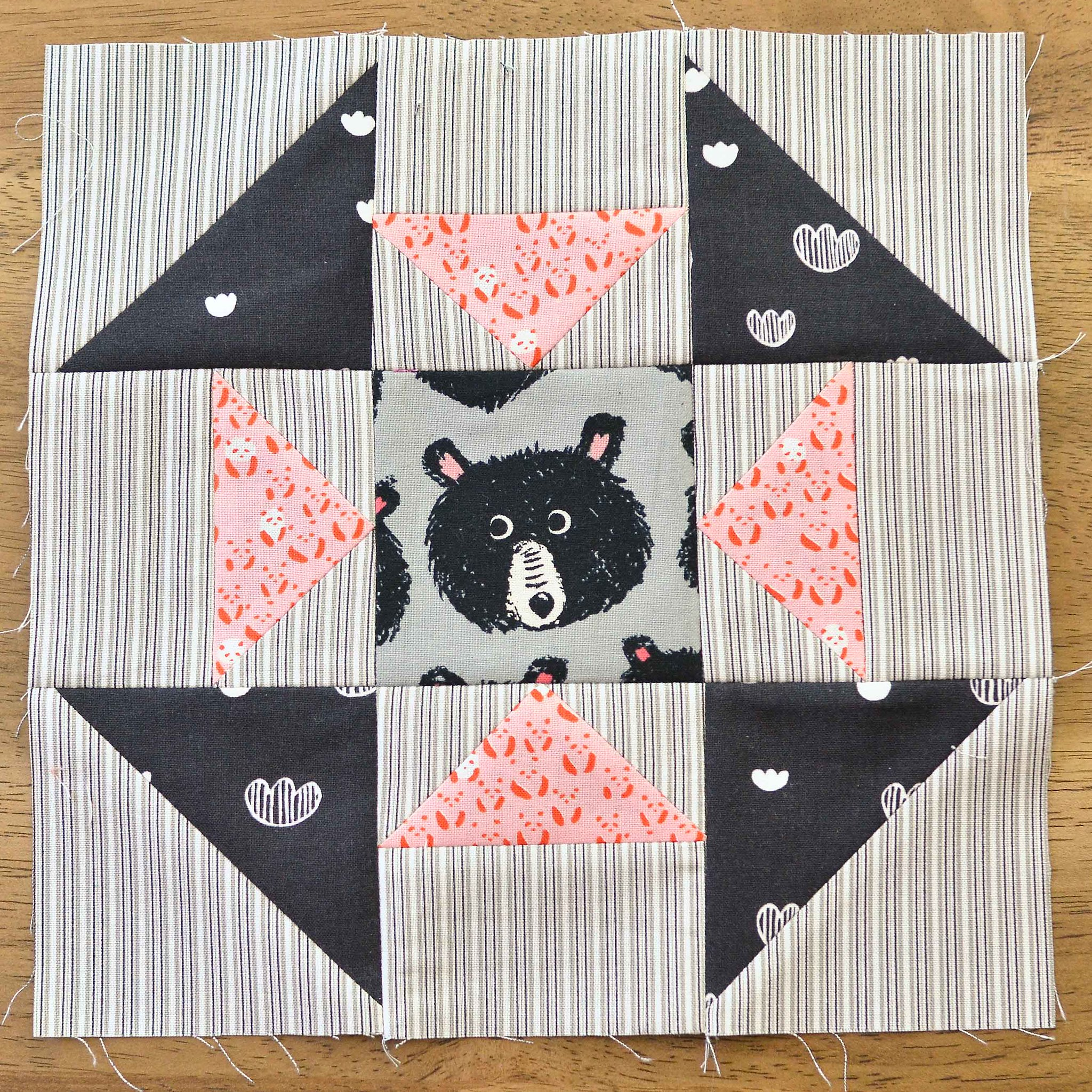 The Fussy Cut Sampler QAL Block 30