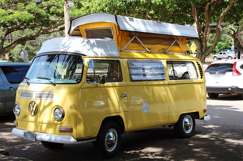 yellow volkswagen classic car oahu hawaii aloha de hawaii flickr. Black Bedroom Furniture Sets. Home Design Ideas