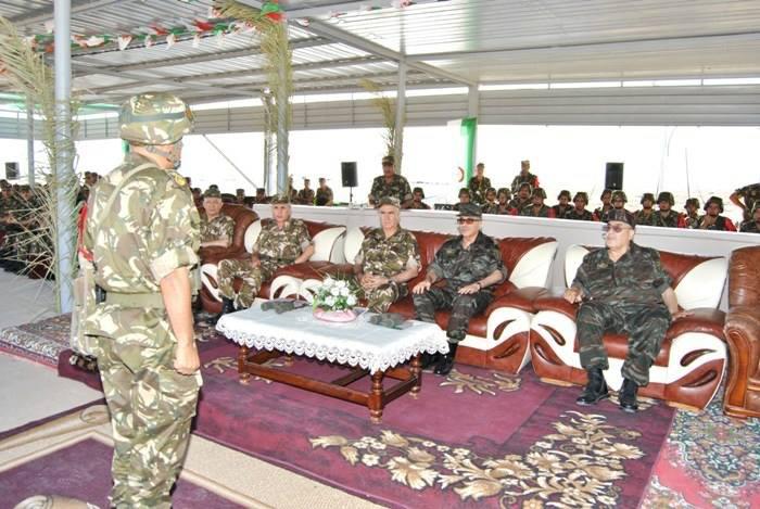 المناورات والتدريبات الجيش الوطني الشعبي الجزائري  [ l'ANP ]  - صفحة 11 34650184724_2f9cfc1046_o