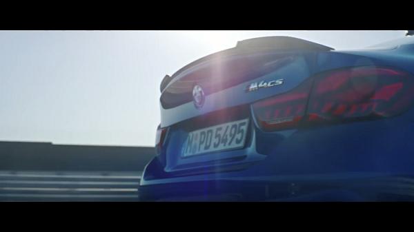 【BMW M4】新ローンチフィルムがカッコイイと話題に!激走&ドリフトするBMW M4CSはいくら?