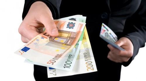 Радять мати готівку