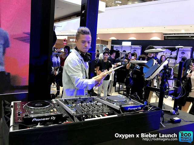 Oxygen Bieber 010