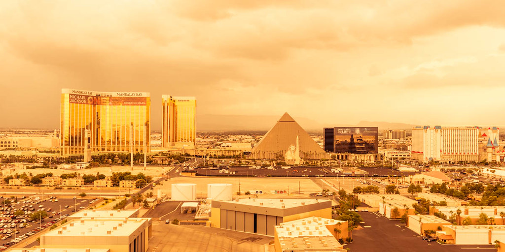 Las Vegas Hotels On The Strip Woth Adjoining Rooms