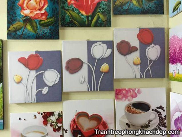 Bo tranh hoa tulip in vai canvas hop treo phong ngu khach san