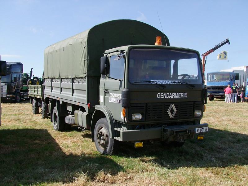 Rassemblement de camions anciens en Normandie 35526906556_405ba41a55_c