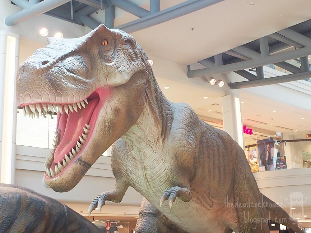 singapore,plaza singapura,dinosaurs,dinosaurs unearthed,rawr, tyrannosaurus rex, tyrannosaurus,t rex, where to go in singapore