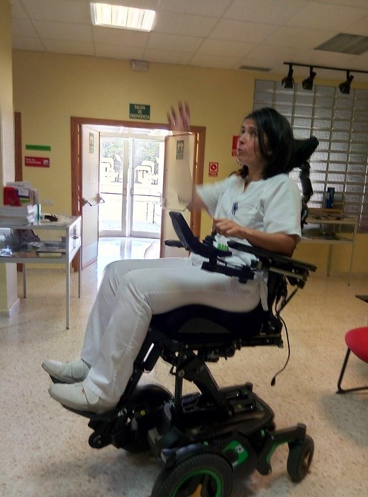 Conociendo la silla de ruedas permobil un instrumento de flickr - La silla de fernando ...