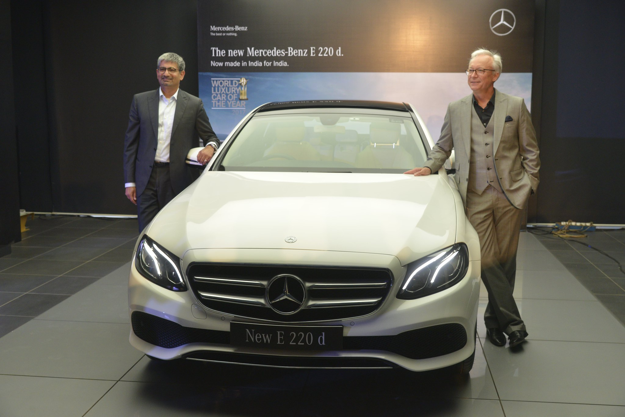 Photo 2 L-R Mr. Roland Folger, MD & CEO, Mercedes-Benz and Mr. Piyush Arora, Executive Director-Operations, Mercedes-Benz India with the first all-aluminium four cylinder diesel engine (3)