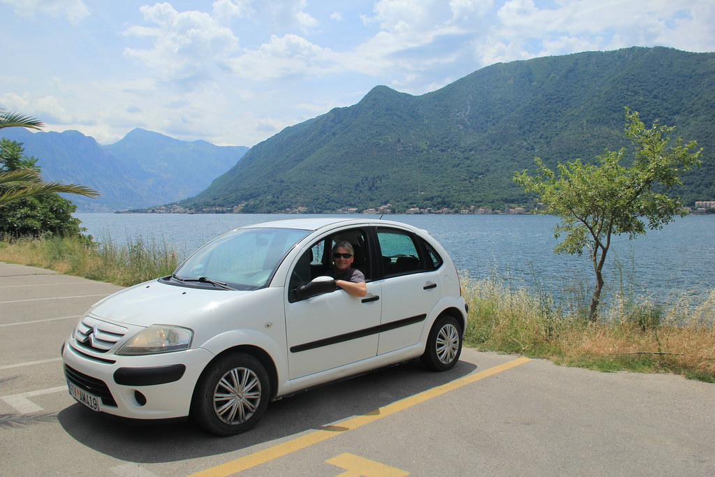 Roadtripping Montenegro