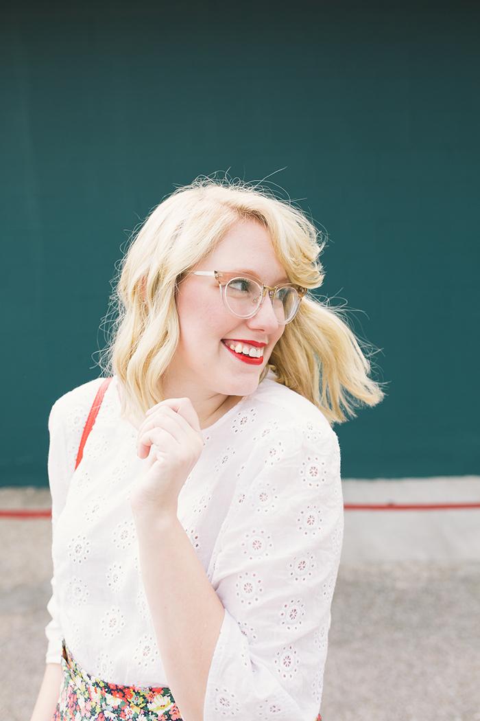 austin style blogger writes like a girl floral jcrew tie waist shorts15