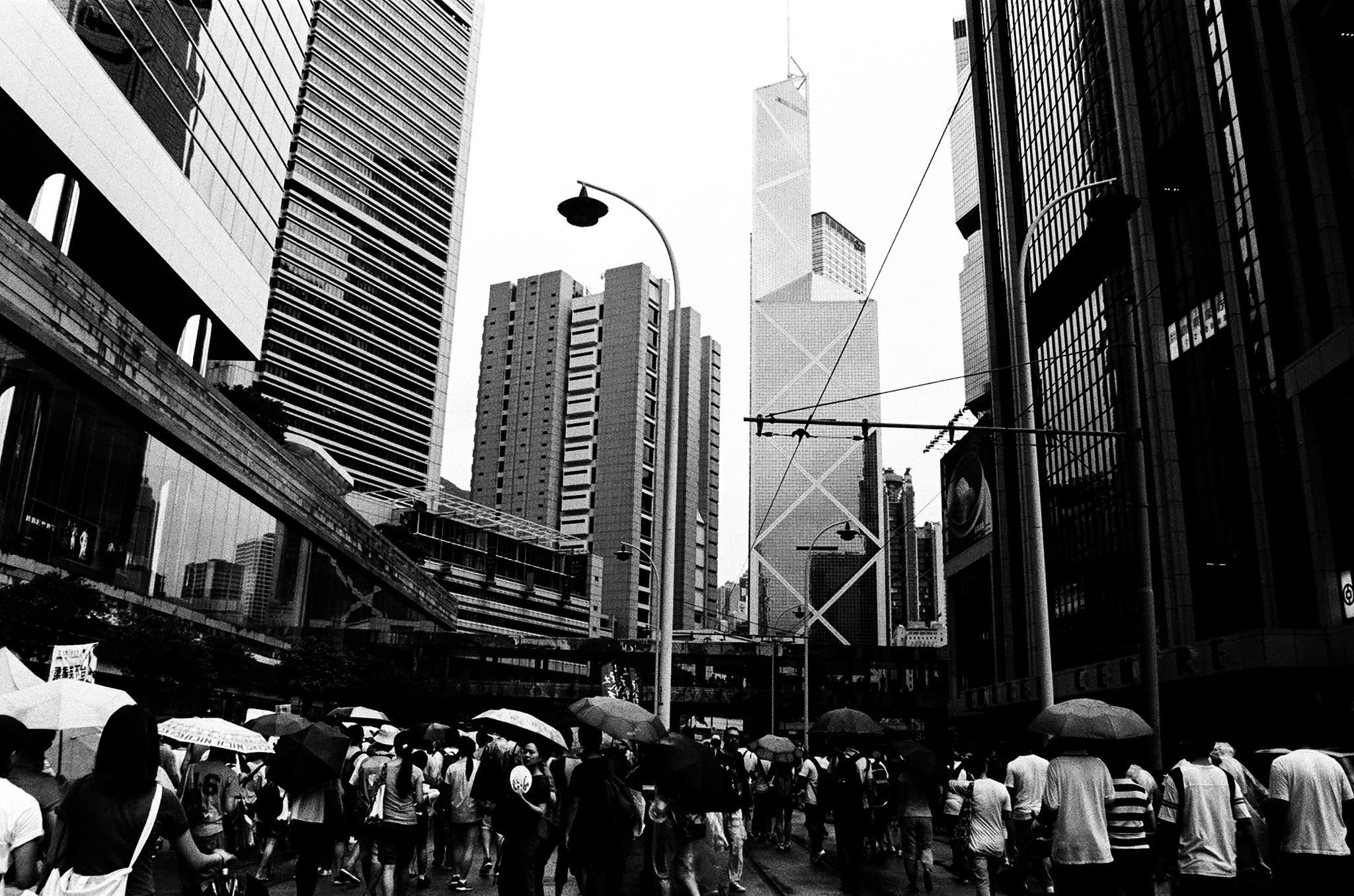 如何看待「七‧一」回歸是近來香港每年都會發生的固定爭論話題。(資料照片:攝於2012年七一;攝影:Eunsoo Lee)