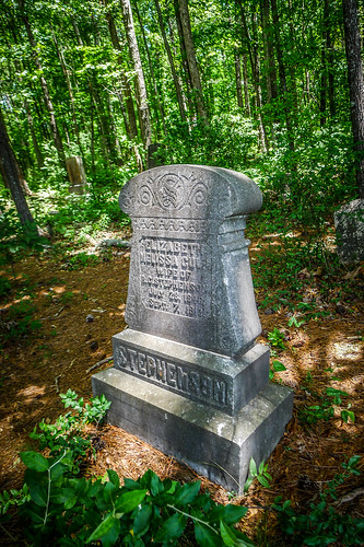 Old Stone Cemetery at Landsford Canal-004