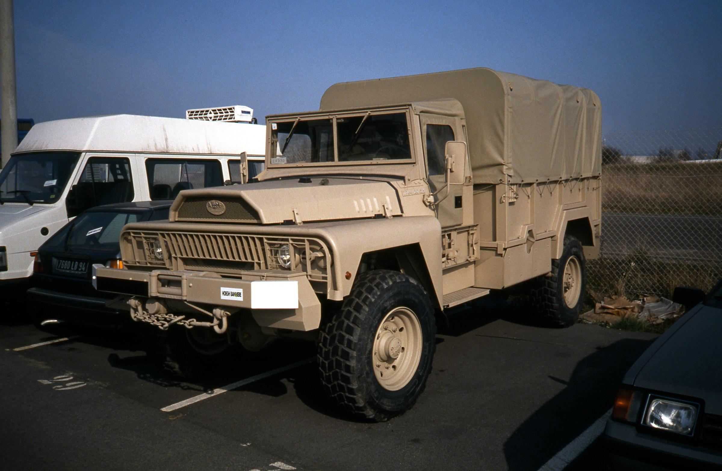 Photos - Logistique et Camions / Logistics and Trucks - Page 6 34912893035_c7c7e0897c_o