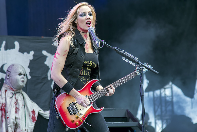 Nita Strauss playing with Alice Cooper @ 2016 Copenhell