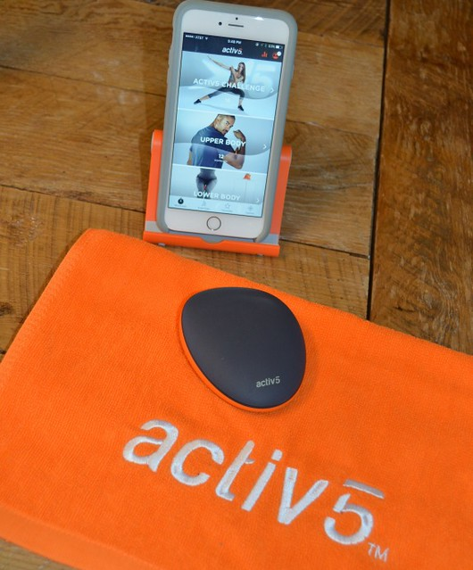 Activ5 Device and App on The SIMPLE Moms