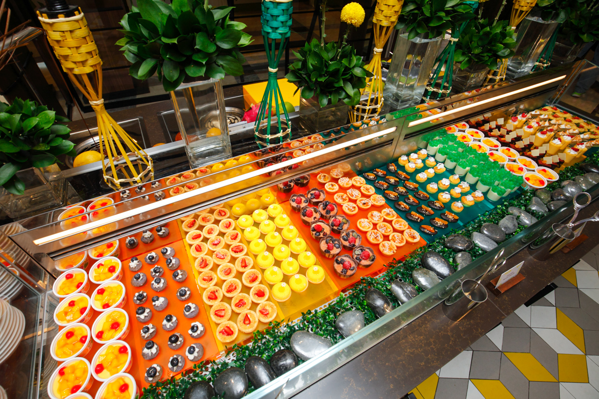 Shangri-la Lemon Garden Buffet Desserts