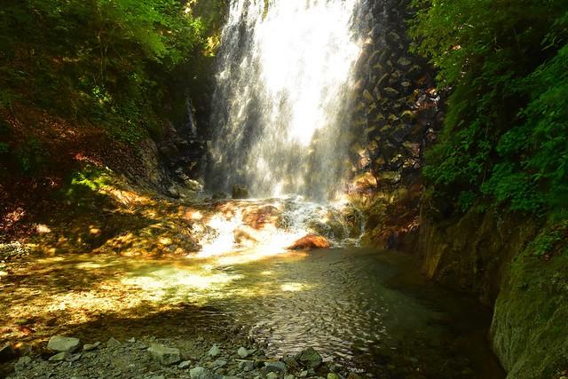 畦ヶ丸 渓流の滝