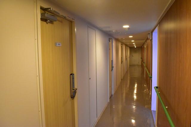 橘丸 一等船室の通路