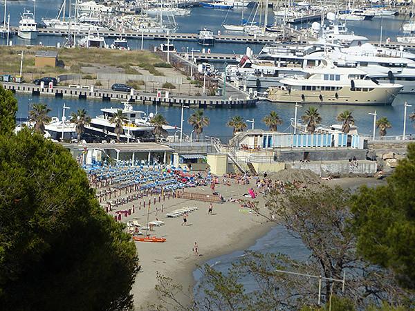 plage porto maurizio