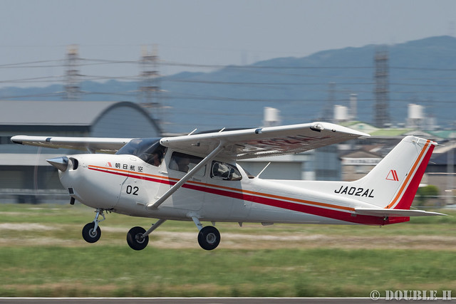 snapshot at Yao Airport (4) AAQ's Cessna 172S
