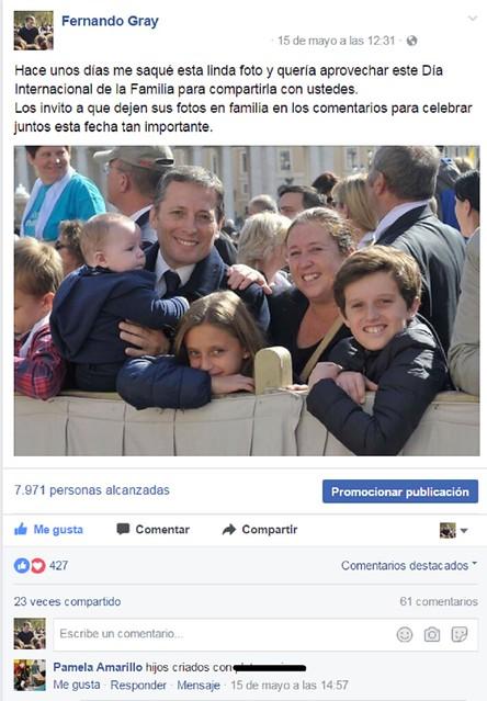 Agresión a familia de Gray en Facebook