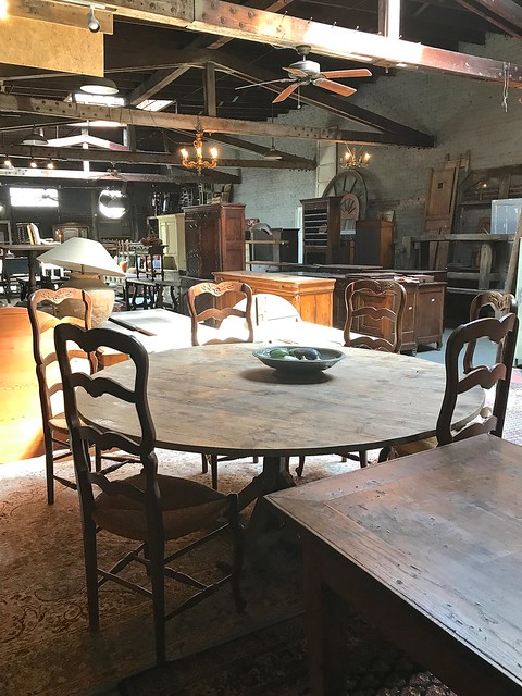 French Antique Table and Chairs-Housepitality Designs