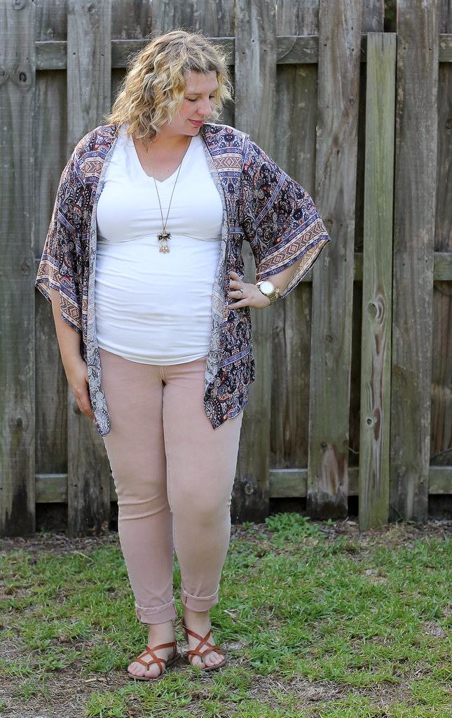 pink jeans, blue pattern kimono, white tee 3