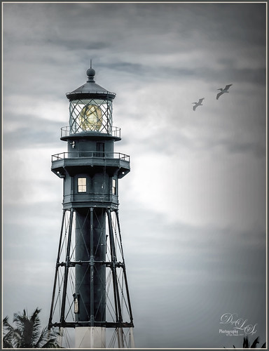 Image of Hillsboro Lighthouse in Pompano Beach