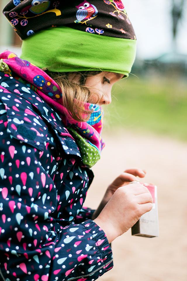 Portrait eines Kindes auf dem Spielplatz aufgenommen von Blickwinkel Fotografie Vanessa von Wieding in Emmerthal bei Hameln