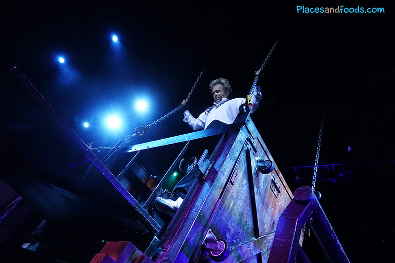 house of magic macau frank harary trapped