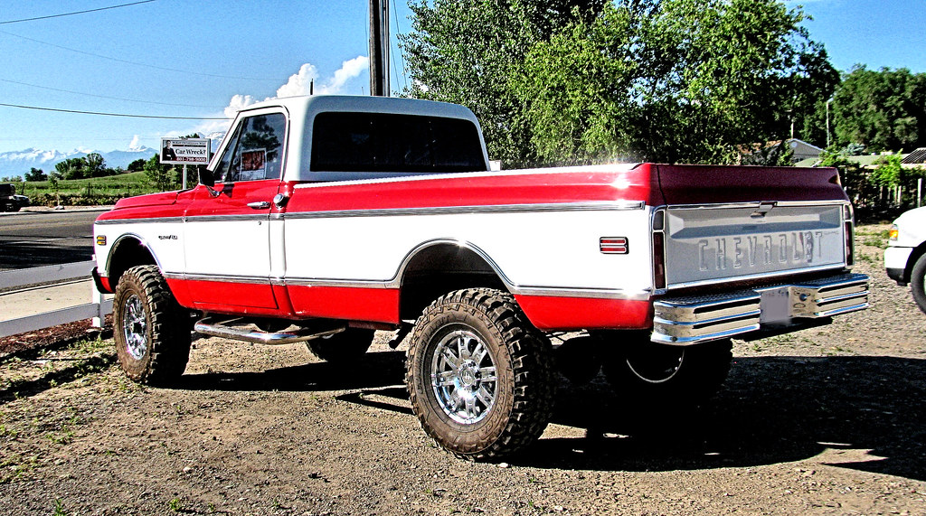 Sweet Old Chevy 4X4 | It\'s yours for a mere $25,000. | Eyellgeteven ...