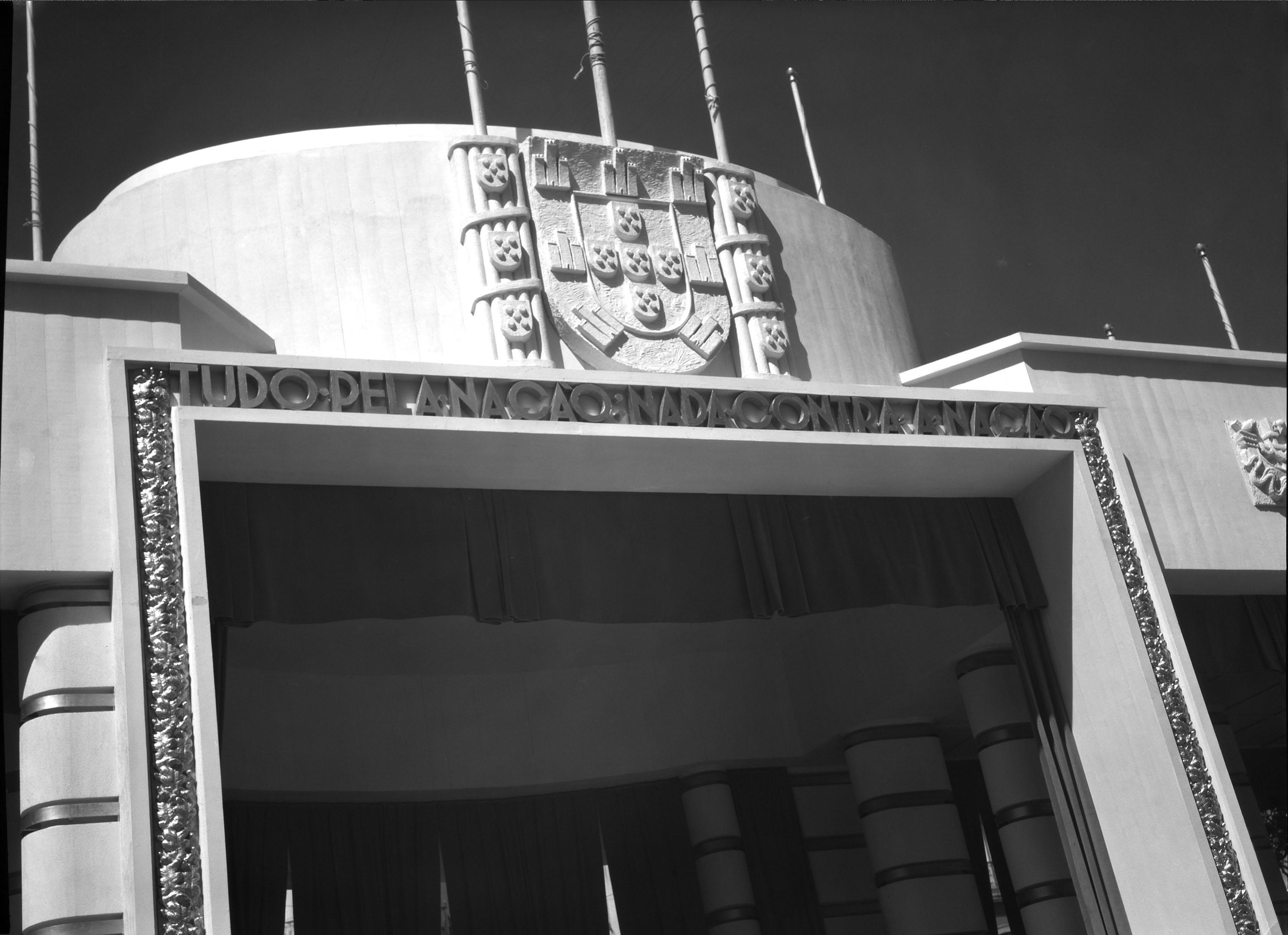 Tudo pela Nação. Nada contra a Nação, Portugal (M. Novaes, 1938)