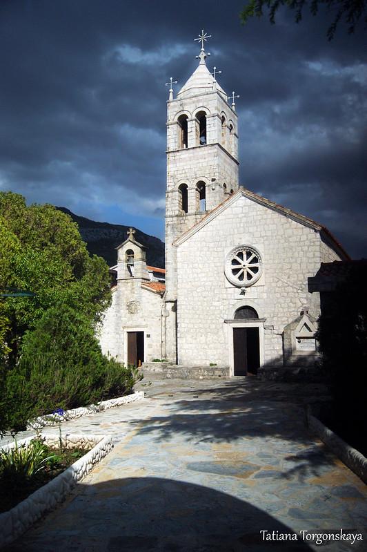 Церковь Св. Троицы и церковь Успения Пресвятой Богородицы
