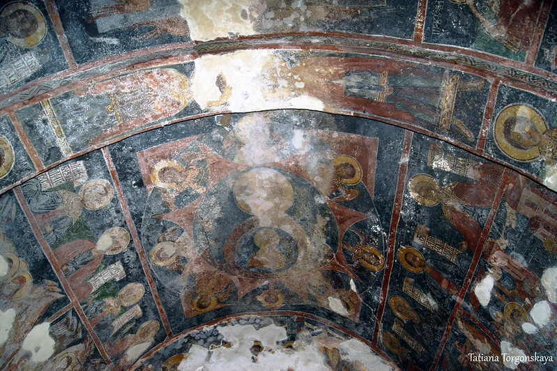 Роспись потолка в церкви Успения Пресвятой Богородицы