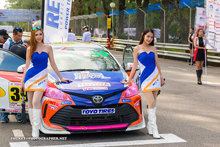 Pit stop girls at Toyota Fast Fun Fest 2017, Phuket island | by forum.linvoyage.com