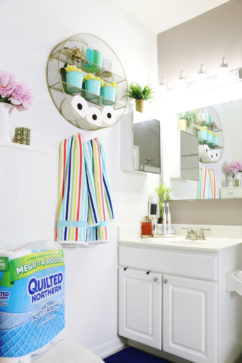 quilted-northern-bright-colorful-bathroom-7