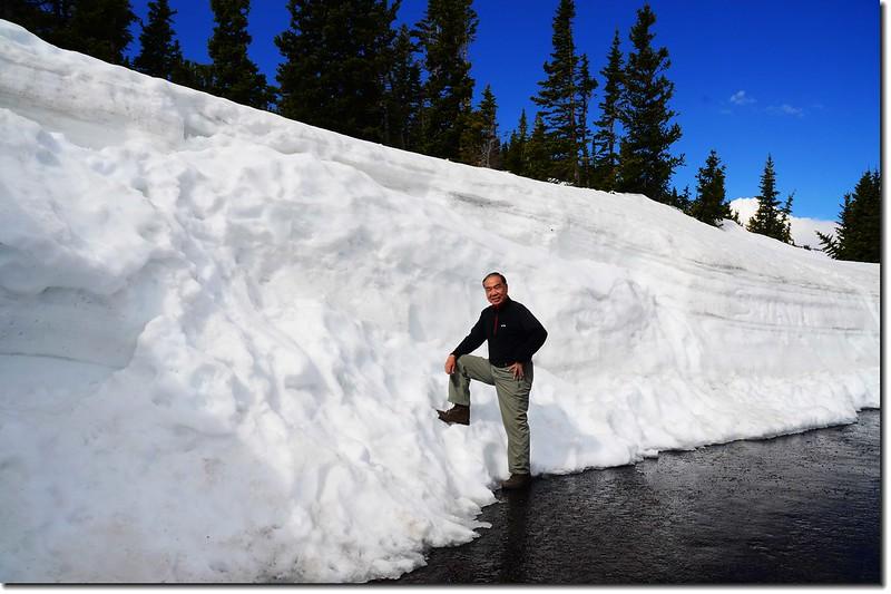 Snow wall along Trail Ridge Road 3