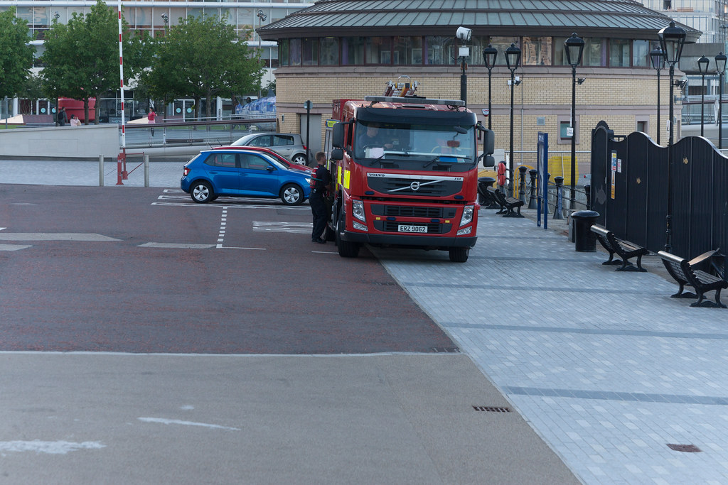 NORTHERN IRELAND FIRE AND RESCUE SERVICE IN BELFAST 001