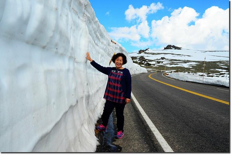 Snow wall along Trail Ridge Road 8