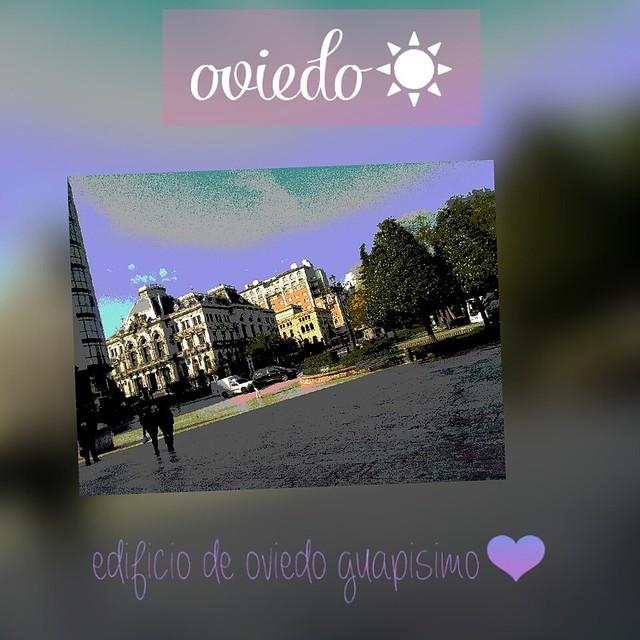 3º-Ainara-García-Ruiz-de-Loizaga.-Título-Oviedo.-Descripción-Lo-que-aparece-en-esta-imagen-es-una-edificio-de-Oviedo-muy-guapo-alrededor-tiene-más-edificos-y-árboles