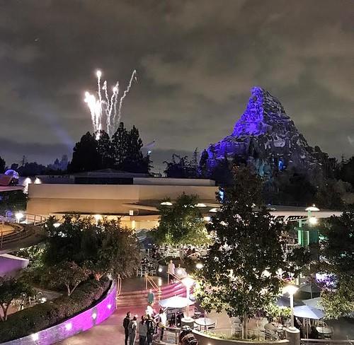 skyline lounge fireworks