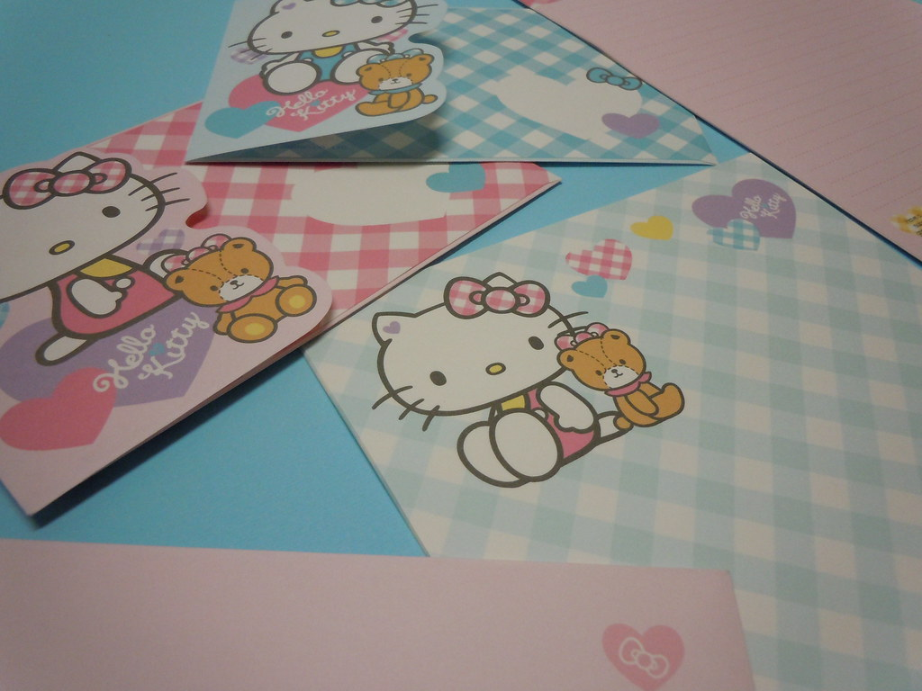 Sanrio Hello Kitty Ribbons Letter Sets