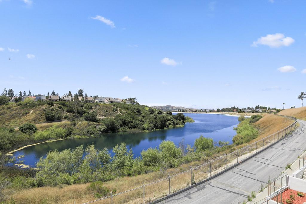 7264 E Lake Crest Lane