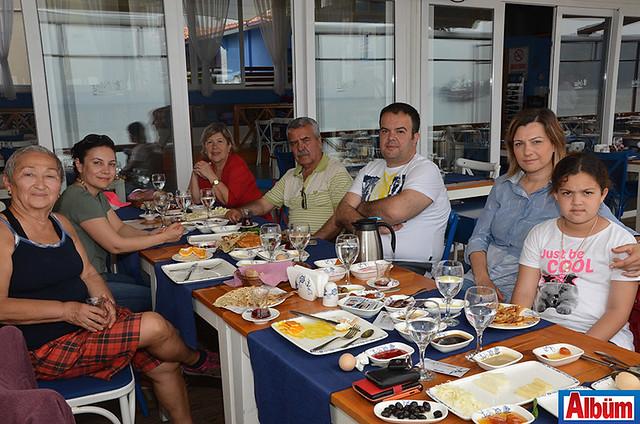 Erkan Demirci ve ailesi