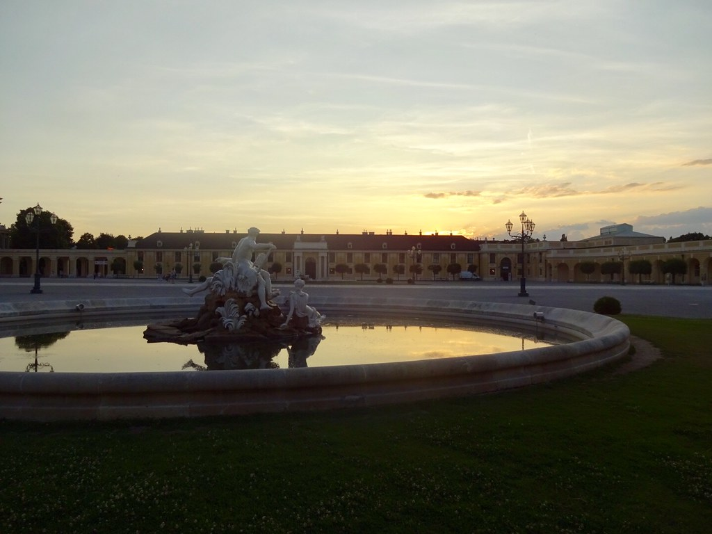 Sundown in Schönbrunn