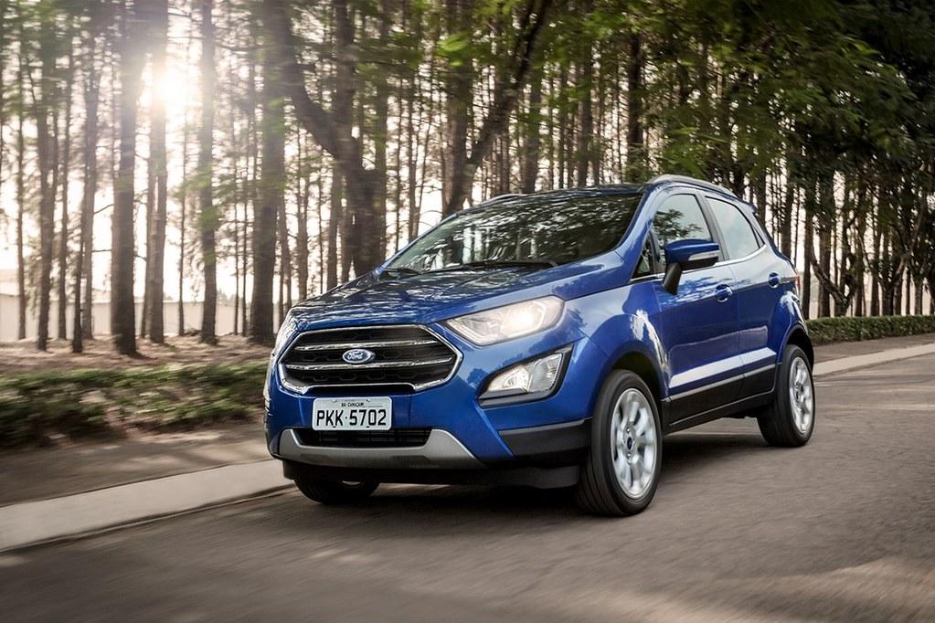 Brazilian-spec-2018-Ford-EcoSport-front-three-quarters
